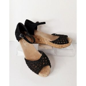 TOMS Black Woven & Leather Wedges Cork Sz 7 Wide
